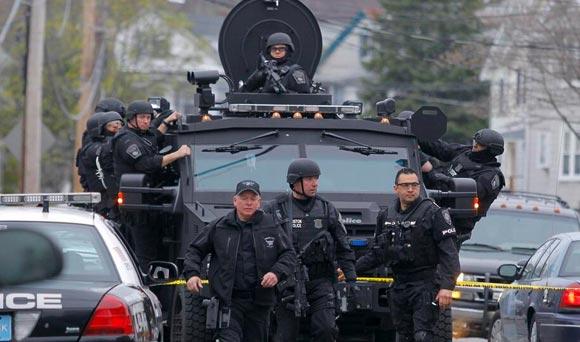 Boston-martial-law15